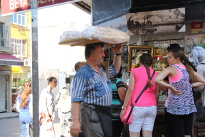 Sidestreet of Istanbul - making a living